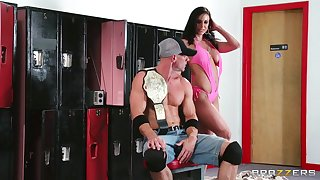Wild fucking in the gym with cum in mouth for tanned Kendra Lust
