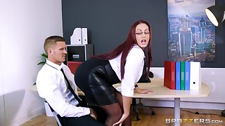 Mature uses all her assets yon provide the best fuck for her boss