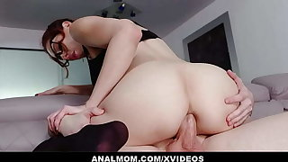 Slutty Instructor Lilian Stone Gives Online Anal Lessons