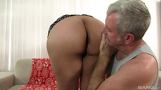 Old man fucks this chubby slut until she starts begging be worthwhile for sperm