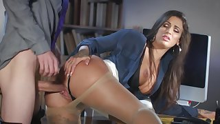 Milf gets laid at the office with the new guy